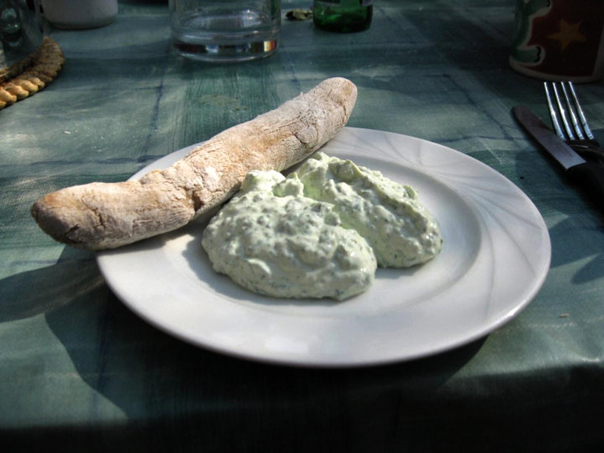 Brotbackseminar Pizzastangerl mit Kräuterfrischkäse